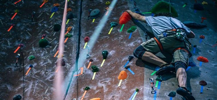760x350 Rock Climbing 1